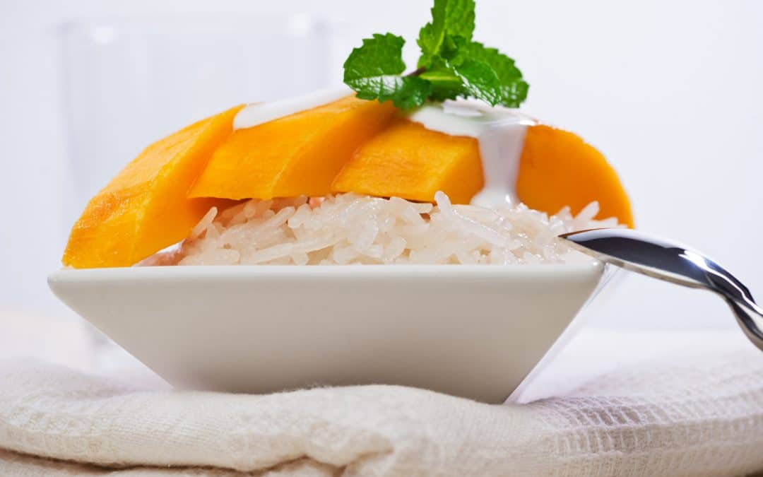 Sweet Sticky Rice With Coconut And Mango {Khao Niaw Ma Muang}
