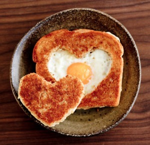 valentines-egg-in-a-hole