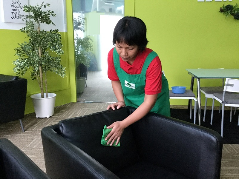 indonesian maid household