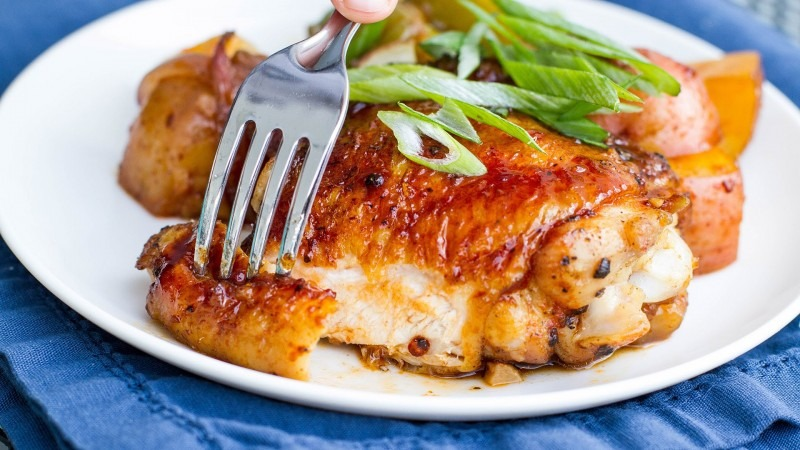 One-Pan Sriracha chicken