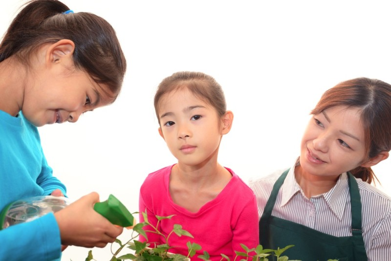 Top 5 Live-in Maid Skills Needed for Child Care