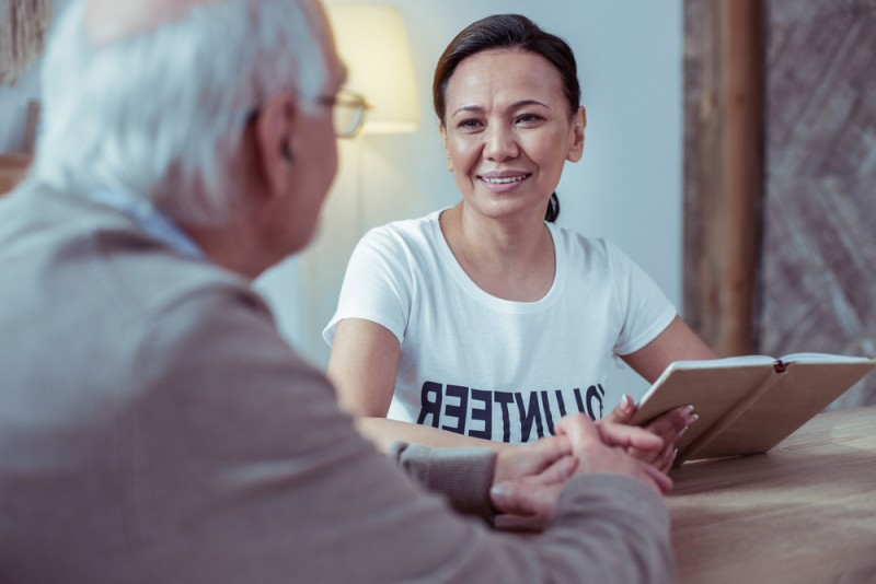 Handling Dementia and Anger Alzheimer's Care Challenges