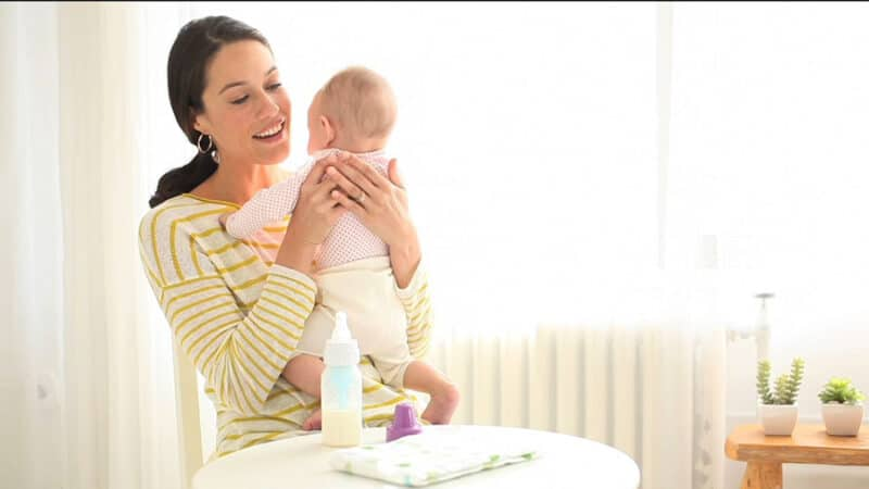 How to Healthily Bond with Baby